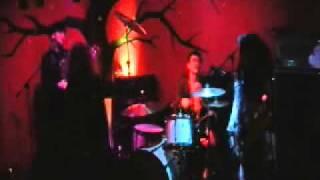 Dec/10/2010 at Santa Maria del Paramo / Belfast SONG:DROP KEN:GUITA...
