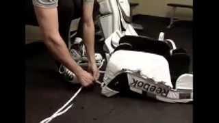 Как правильно одевать форму вратаря.(ЧХЛ - Чувашская Хоккейная Лига Весь хоккей Чувашии на сайте: www.chhl.ru., 2013-10-25T08:03:26.000Z)