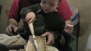 2 х летний ученик, школа резьбы по дереву, уроки, обучения и советы