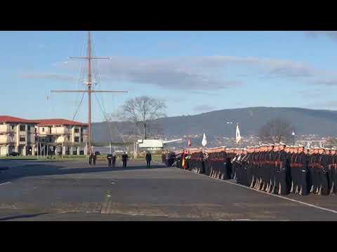 Primera visita oficial del subsecretario de Defensa De la Torre a la Escuela Militar de Marín