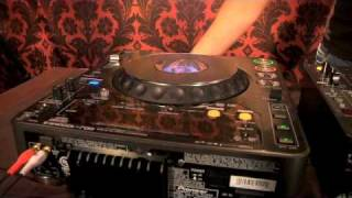 DJ Tricks On A Pioneer CDJ 1000 - Fun & Easy tricks to WOW any crowd!