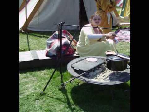 Making Flatbread at Three Rivers Barony SCA demo