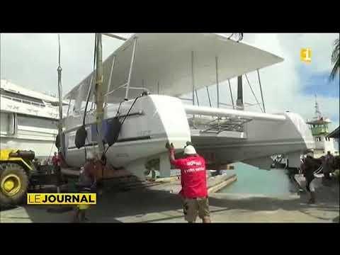 Un catamaran solaire à Bora Bora