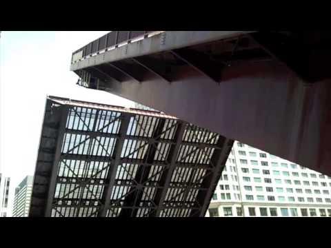Chicago Columbus Bridge Raising