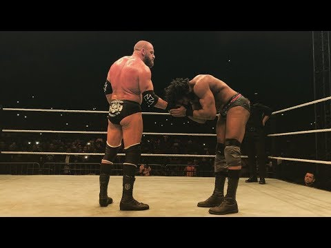 Triple H vs. Jinder Mahal - WWE Live India (December 9, 2017) *Awesome Post-Match Segment*