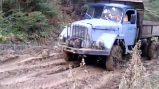 Kamion(DAJC) nem prepreka u blatu