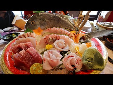 Taiwanese SEAFOOD Feast + MASSIVE Sashimi Platter | HUGE East Coast Taiwan Food Tour pt.1