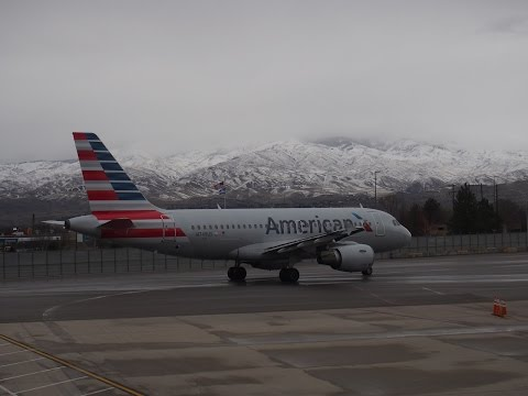 2015/12/18 American Airlines 625 - 590 At Boise Airport