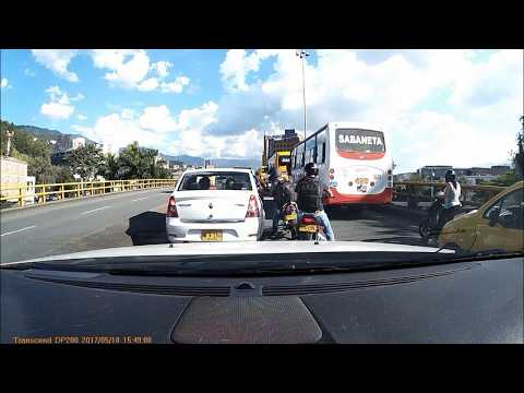 Robbery in Medellin, captured on dashcam. English subtitles