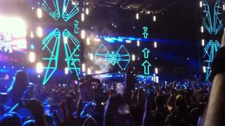 Обложка David Guetta Feat Sia Titanium Live At Ultra Music Festival Miami 2012