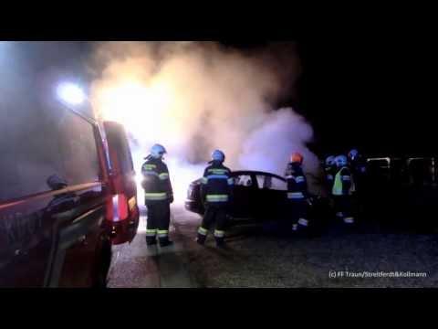 PKW Brand 18.01.2014 - Freiwillige Feuerwehr der Stadt Traun