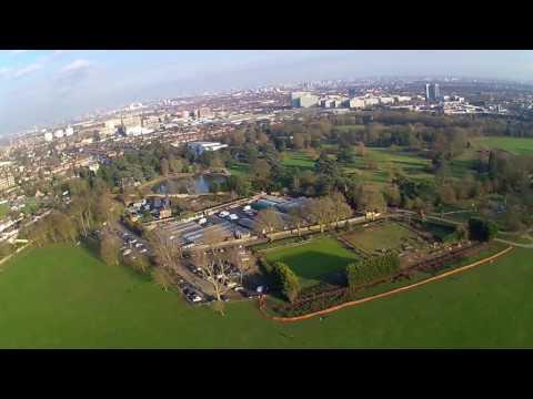 Hubsan X4 H501S flying over Gunnersbury Park, Acton
