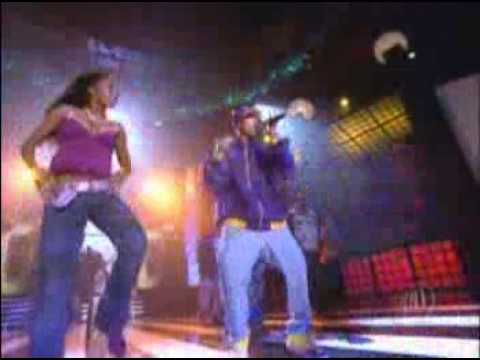 Chris Brown Ft Juelz Santana   Run It  Vibe Awards 2005 384