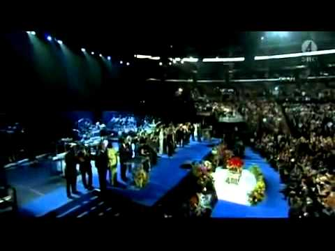 We Are The World & Heal The World - Michael Jackson Memorial