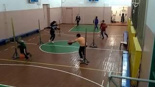 Хлебодароский НВК, вечером в спортзале. Фрагмент тренировки по баскетболу.
