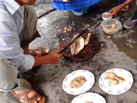 Bá đạo MV chặt thịt gà của PHạm Tâm Tư