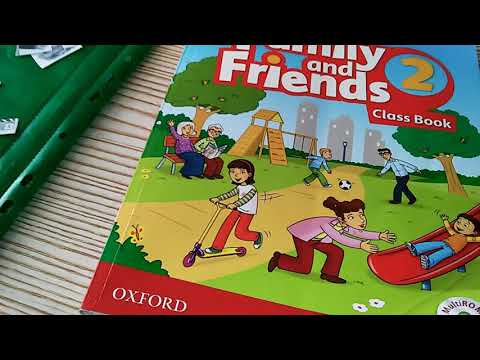 """Работа с учебником """"Family And Friends""""."""