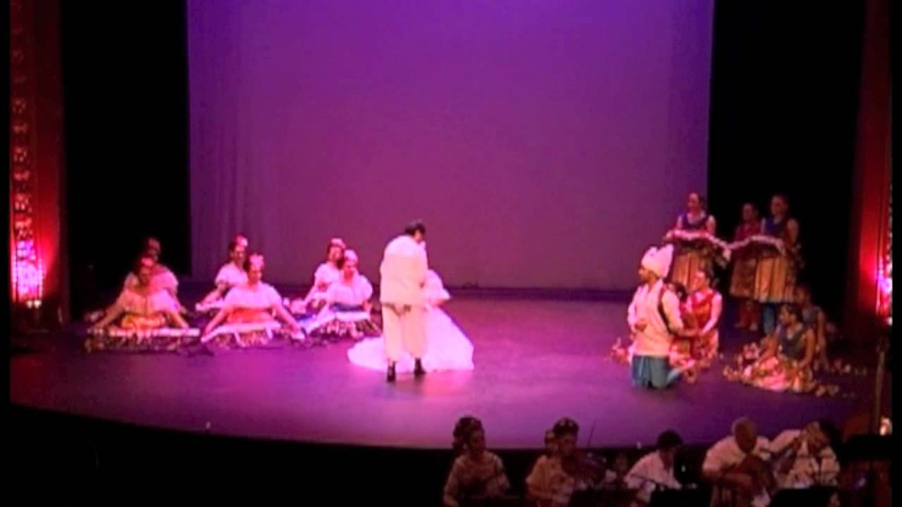 Half and Halves: A Dance Exploration of the Punjabi-Mexican Communities of California