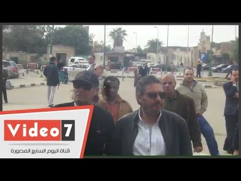 اليوم السابع :الفيشاوى وحميدة وزكى ومدحت صالح يشاركون فى تشييع جثمان محمد متولى