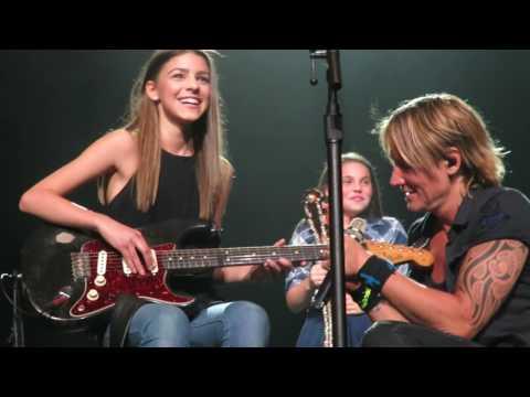 Keith Urban bringing Hailey Benedict up on stage - Edmonton - Sept 16/2016