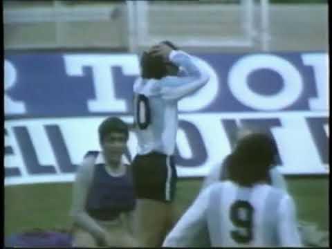 Casi gol de Maradona a Inglaterra 1980
