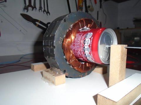Motor de Indução com Latinha de Refrigerante - Induction Motor with Can of Soda