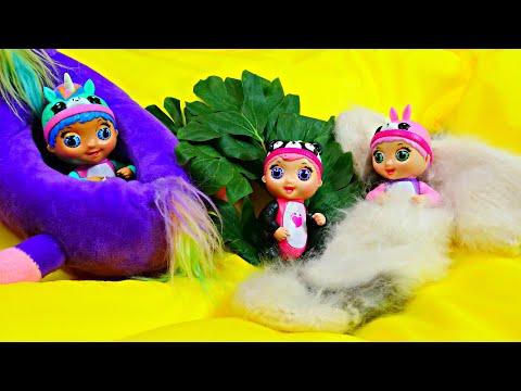 Классные истории игрушек. Tiny Toes в игрушечном замке! Лучшие видео Hey, Toys!