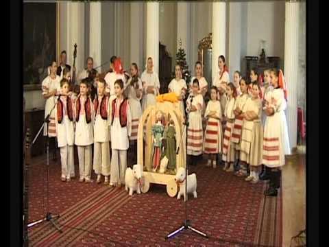Matičiarik Nové Zámky: Poďme bratia do betlema - vianočné piesne.wmv