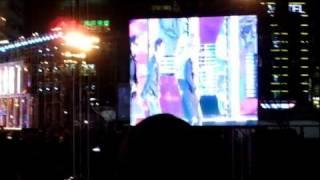 プサン世界花火大会の前日に開催されたK-POPコンサート。 コンサートを...