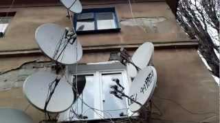 Интересные места (г. Кривой Рог)(Интересный дом облепленный антеннами в г. Кривой Рог (район первого участка), 2012-03-16T06:22:04.000Z)