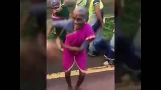 comedy dance on Halgi wajati marathi dj song || 2017 marathi dj song|