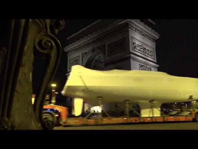 Vid o les bateaux du nautic 2017 arrivent paris bretagne for Salon du chiot 2017 bretagne
