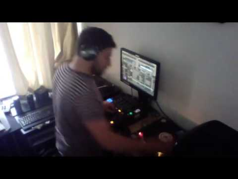 Choose Techno Live with Adam Bellew