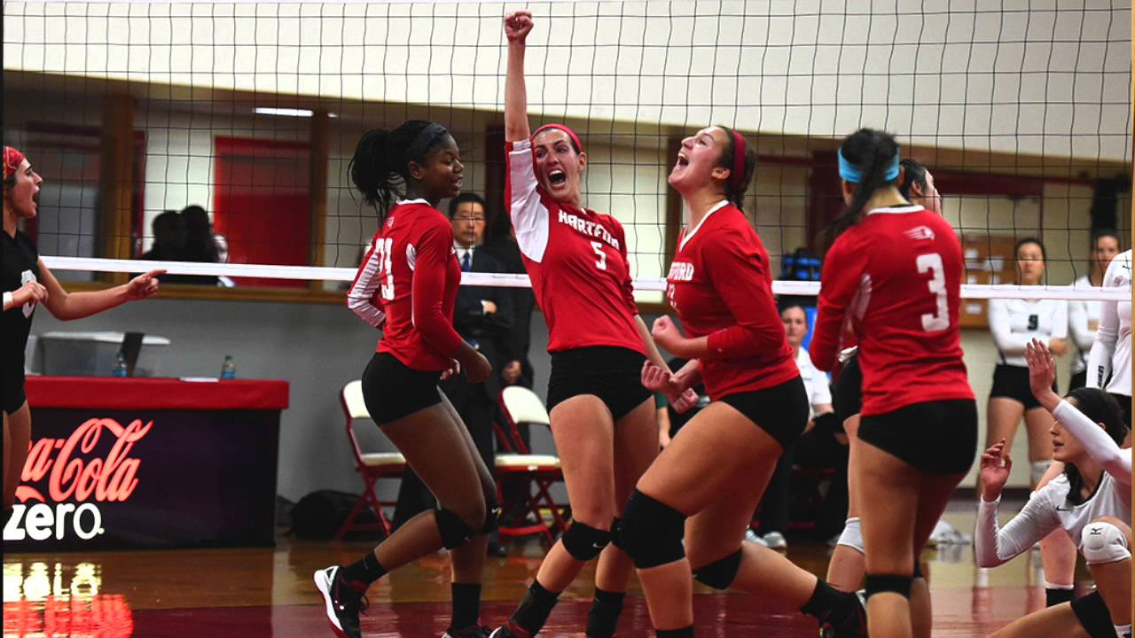 girls-volleyball-locker-room