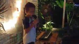 Nathan - Oct. 2017 - Nothing holding me back - Karaoke