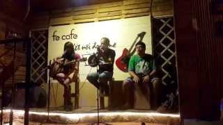 Cây đa quán dốc - Guitar cover - Ruby & Tú Nguyễn tại Fe cafe