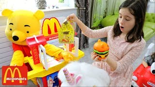 Video McDonald's with Winnie the Poh Pretend Play with Kitchen Toy Playset and Cozy Coupe download MP3, 3GP, MP4, WEBM, AVI, FLV Agustus 2018