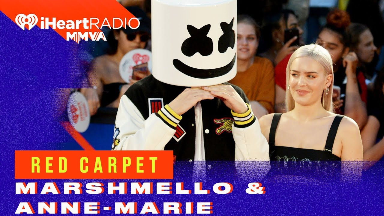 Marshmello Anne Marie Arrive Together On The Red Carpet 2018 Iheartradio Mmva Red Carpet