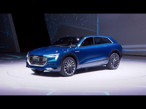 Audi Q6 e-tron (IAA 2015) - Sitzprobe und Interview mit Marc Lichte