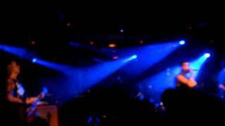 Atlas Losing Grip - Numb (live)