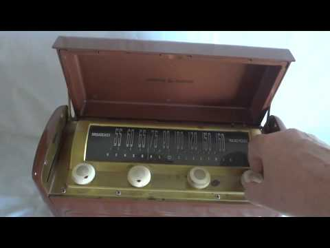 General Electric Model 250 radio with PeKo RVB-2 solid state vibrator