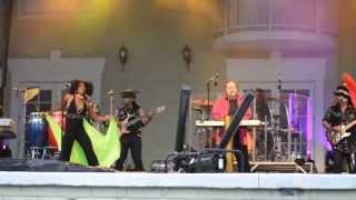 KC & the Sunshine Band, Silver Springs Florida 7/4/2013 (Video 1)