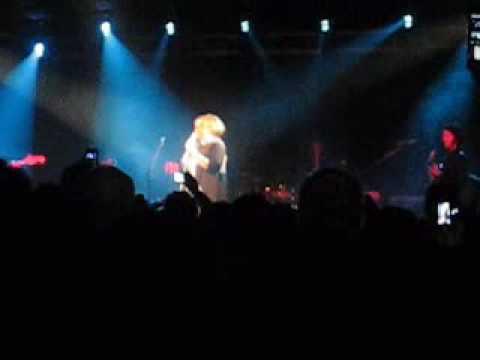 Adele - Cold Shoulder - Live from La Zona Rosa in Austin