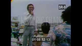 Al Martino singing TO THE DOOR OF THE SUN in Atlantic City 1975