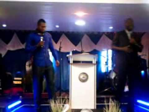 Cafe da Comunhao Pr fabian da Nigeria 2