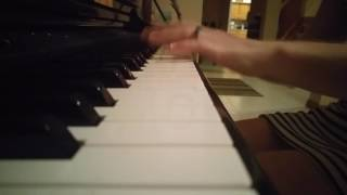 Soft Piano Version of Holler by Spice Girls