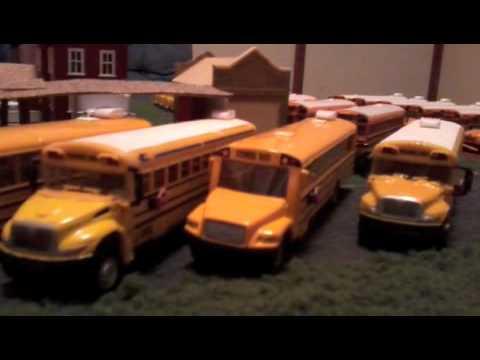 HO scale School Bus Fleet - Safe Line - YouTube