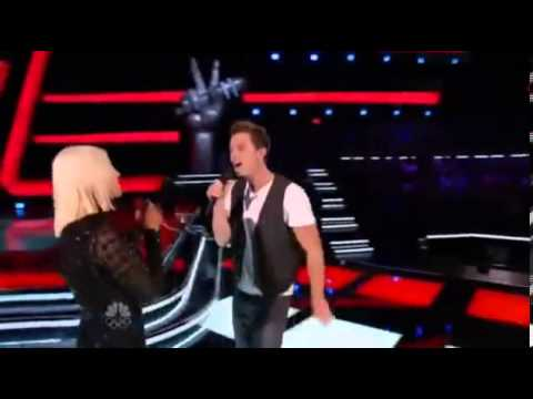 Michael Lynch And Christina Aguilera Dancing Together - The Voice USA 2013