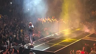 "Post Malone ""Wow"" LIVE debut - Barclays Center 12/29/2018"