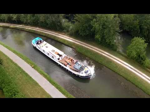 Cruise the Nivernais Canal & River Yonne aboard Hotel Barge